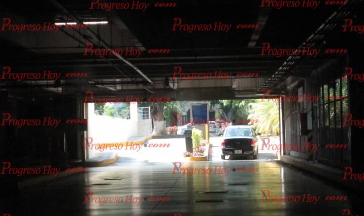 Wal-Mart y Suburbia ya ofrecen estacionamiento gratis en Paseo de ...