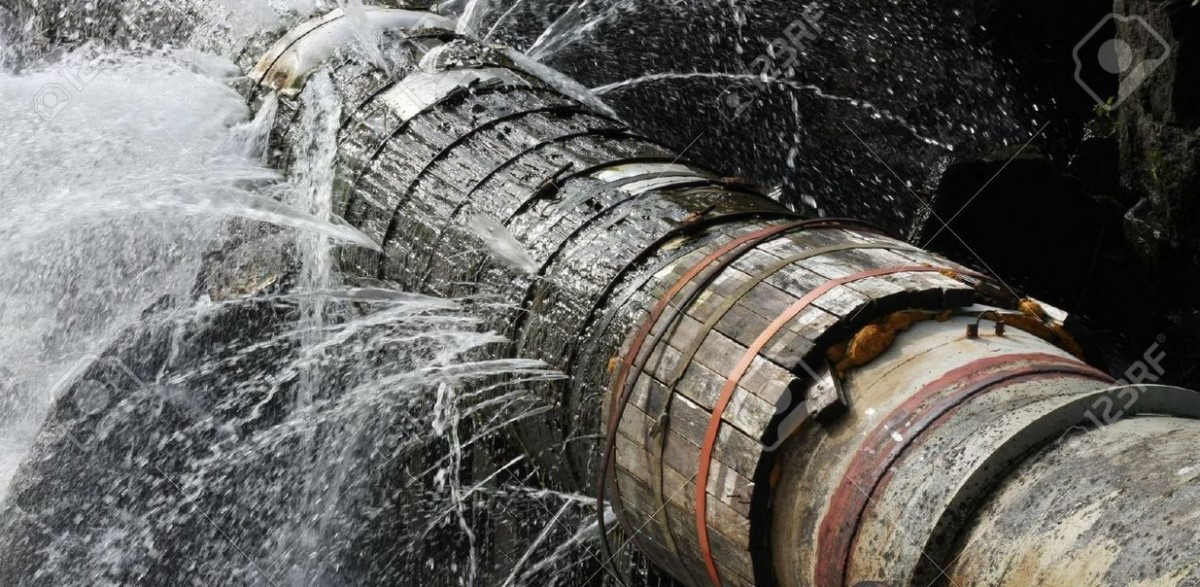 Progreso otra vez sin agua potable por una tuber a rota - Tuberia agua potable ...